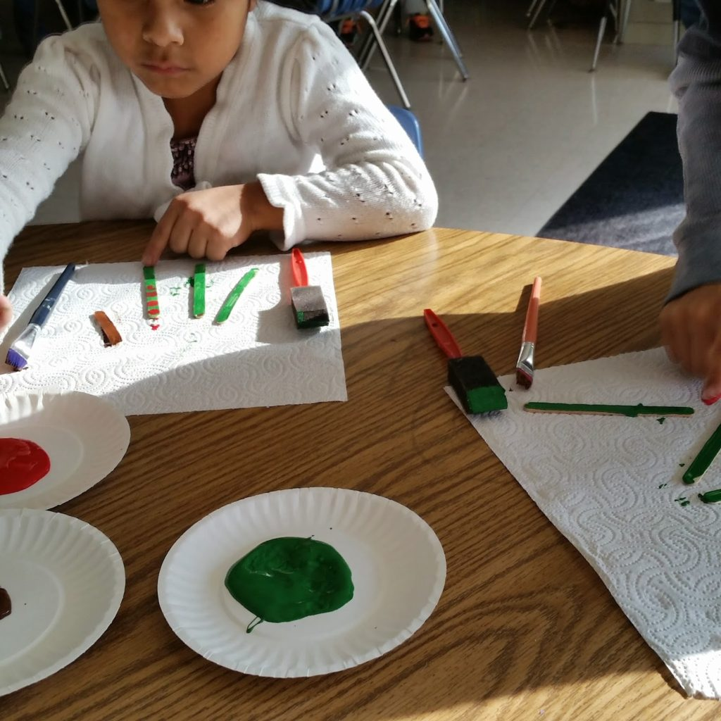 Classroom craft ideas for Christmas gifts for parents.
